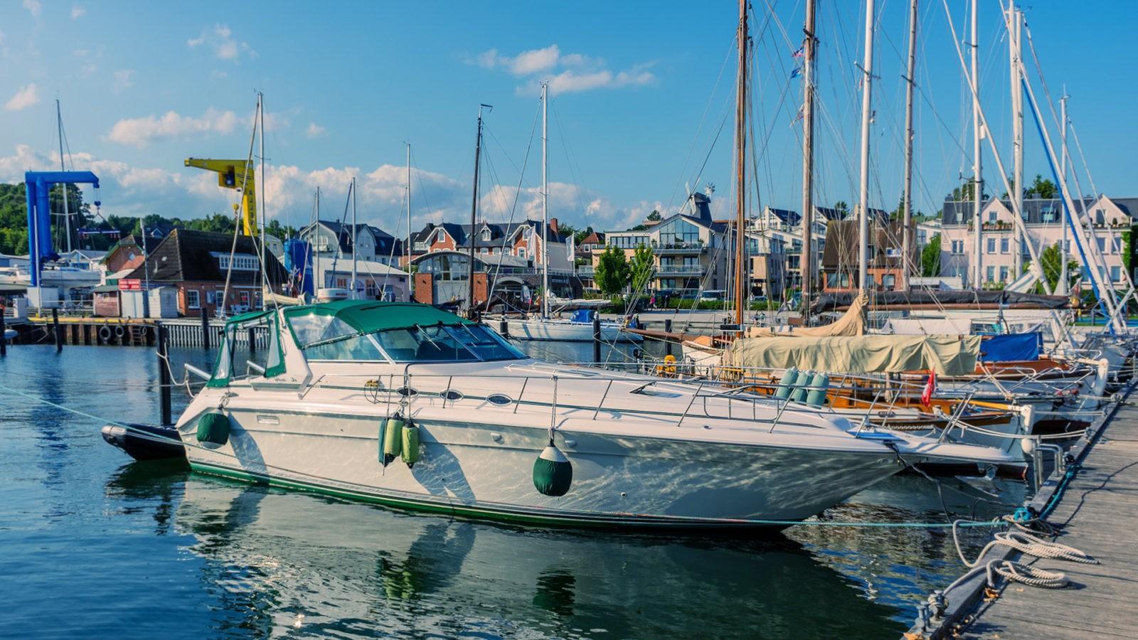 Hvilken type motorbåd skal jeg vælge?