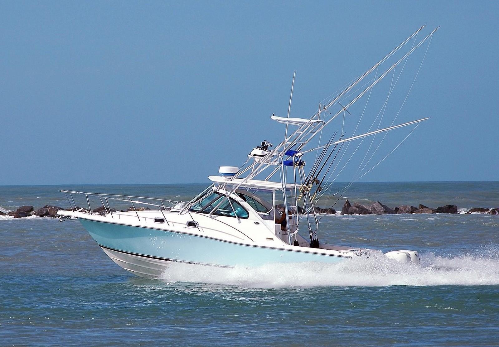 Yacht til fiskeri