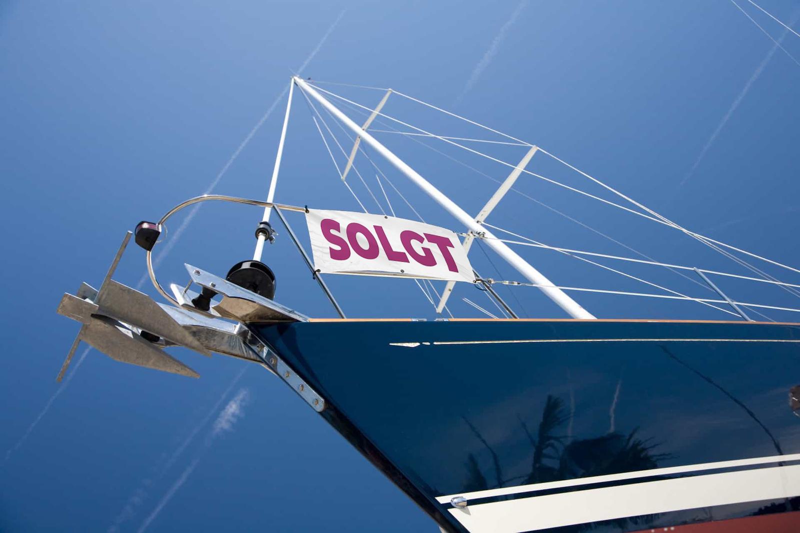 Hvordan sælger jeg båden?