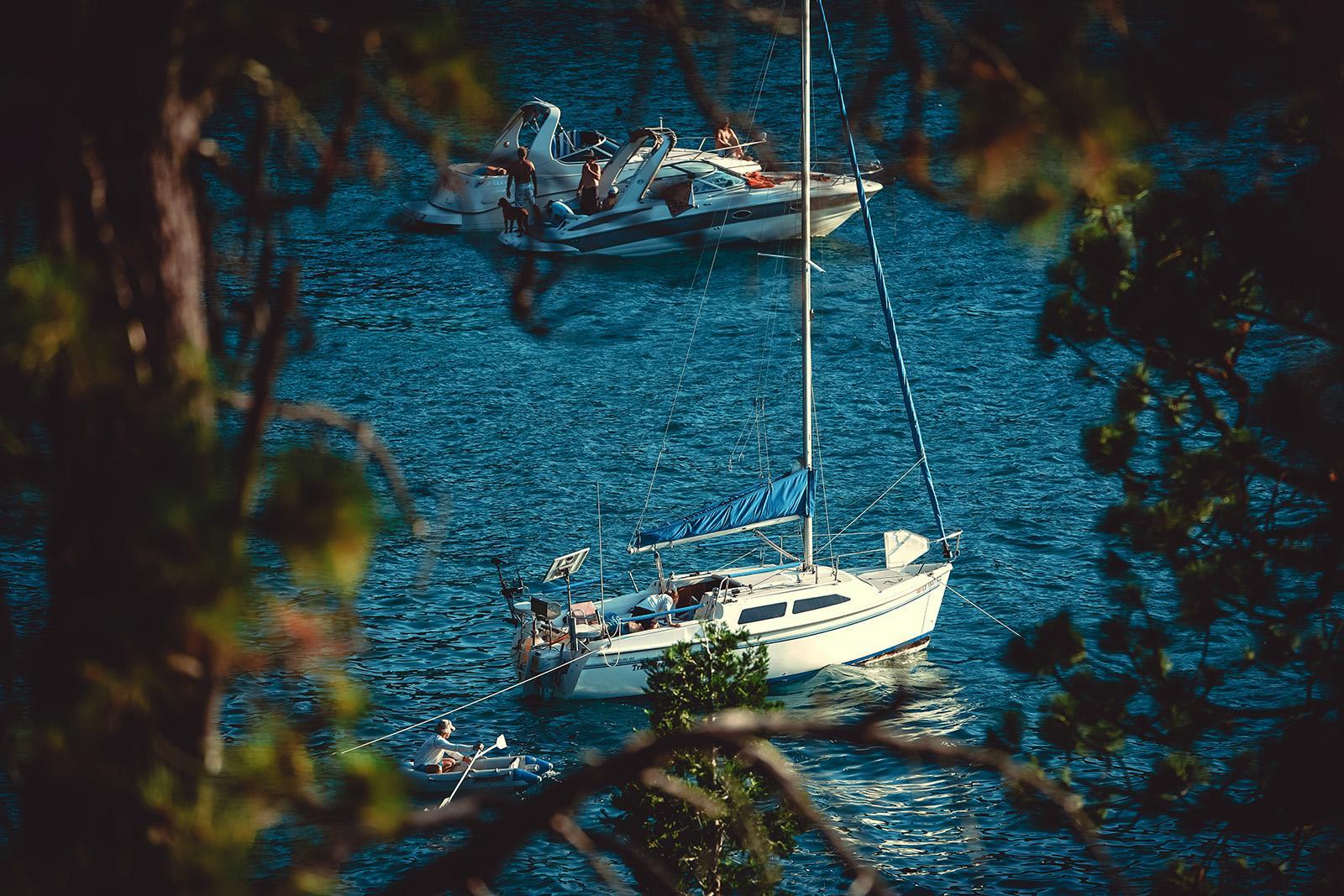 Båd til familien og dig: hvad er den rigtige familiebåd til dit behov?